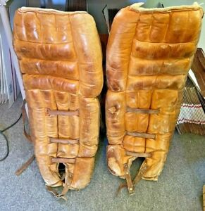 """Pair of Antique Spalding Leather Hockey Goalie Pads GP-10 (12"""" X 29"""")"""