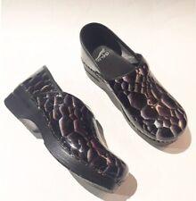 Dansko Comfort Clogs Sz 38 Medical Nursing Reptile Snake Skin Print Leather Shoe