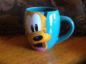 """2020 Disney Parks """"I'm A Dog Person"""" Sketch Mug 101 Pongo Pluto Copper Tramp"""
