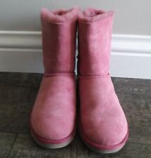 UGG Australia Bailey Bow Dusty Pink Size 6