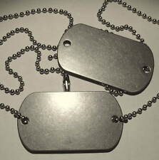 VINTAGE VIETNAM ERA 2 TWO HOLE BLANK DOG TAGS US MILITARY ISSUE1966 GI DATED BOX