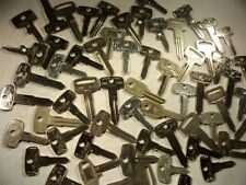 60  KEYS   VINTAGE CYCLE  KEYS UNCUT    LOCKSMITH