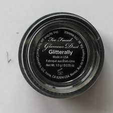 New�Too Faced�Glitterally�neu tral silver with a glitter finish�limited edition
