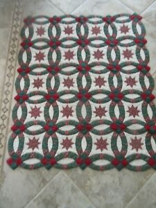 """Quilted Hanging Wall """"Wedding Ring"""" 59"""" X 48"""" Holiday Throw Blanket EUC!"""