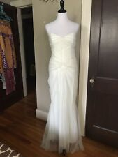 Vera Wang Collection Wedding Dress / Vintage look, Draped, Ruched / SIZE XS- S