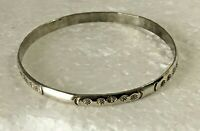 Vtg heavy solid sterling silver bangle 2.75 in. Bracelet 925 Chunky 14g stamped