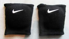 NIKE A PAIR OF 2 KNEE PADS BLACK WORK OUT GYM SUPPORT PREOWNED WHITE STITCHING