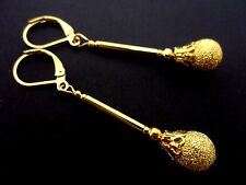 A PAIR OF GOLD PLATED LONG   DANGLY  LEVERBACK HOOK EARRINGS. NEW.