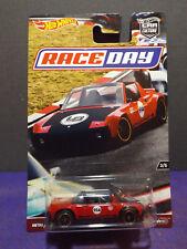Hot Wheels 2017 Car Culture RACE DAY PORSCHE 914-6, No. 3/5. Near Mint Card.