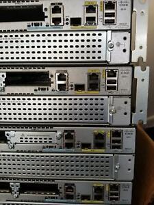 Cisco 2921/K9 Router CISCO2921/K9 3-Port Gigabit Router