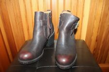 CAT Caterpillar brown leather chunky heel booties 8.5M