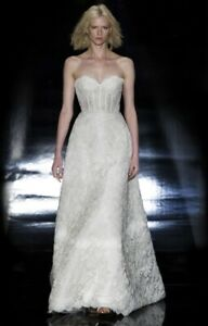 REEM ACRA WEDDING DRESS SIZE 8 STYLE 5538