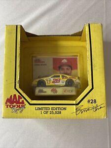 Earnie  Irvan 1994 Racing Champions Premier 1:64 NASCAR MAC Tools Thunderbird