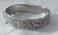 Vintage Designer Signed Coro Pegasus Rhodium Plated Floral Hinged Bracelet