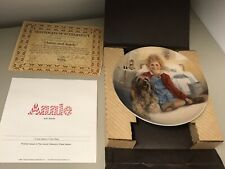 New ! Edwin M Knowles Vintage Collector Plates Annie And Sandy