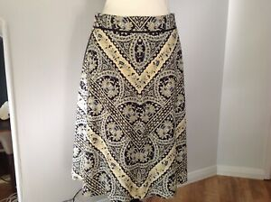 Ladies Navy,Cream,Lemon and Blue Skirt By DKNY Size 8