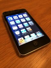 APPLE IPOD TOUCH 32GB BLACK & CHROME 2ND GENERATION A AWESOME SOUNDING CLASSIC