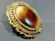 VINTAGE SCARF CLIP BROWN & WHITE GLASS CABOCHON ORNATE VICTORIAN GOLD FRAME J017