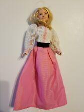Mary-Kate Ashley Olson Mattel doll with Pretty Dress! A Beauty!