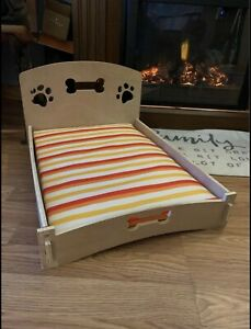 Small Wooden Pet Bed With Removable Cushion- New Out Of Box