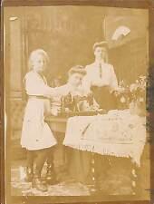 PHOTO ANCIENNE : FEMMES & MACHINE A COUDRE SEWING MACHINE