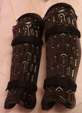 Ex Police Shin & Knee Protection / Armour - Square Pattern