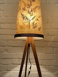 Tripod Stehlampe 50er 60er Design Lampe real Vintage Teak Stehleuchte