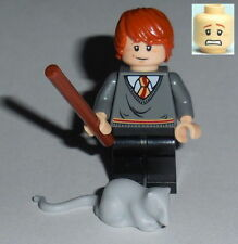 HARRY POTTER #26 Lego Ron Weasley w/Scabbers Gryffindor 4757/4738 Genuine Lego