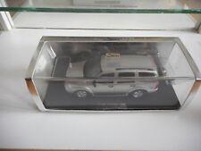 Spark Dodge Durango 2004 in Grey on 1:43 in Box