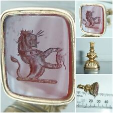 Antique Agate intaglio wax seal fob Lion Heraldic family Crest 9ct Gold Cased