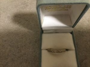 18ct solid gold and diamond wedding /eternity ring