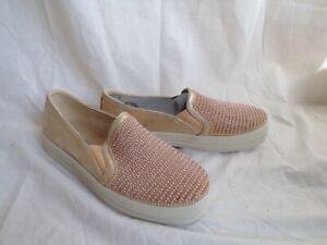 Skechers Women's Sneaker Size 7.5 Slip-on Gold Sparkle/Beads White Sole New