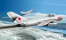HobbyBoss - MiG-17PFU 17 PFU Fresco E modelo equipo de construcción - 1:48 kit