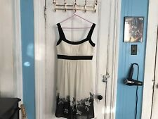 Lacey Evening Dress Size 14 - offwhite
