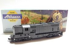 HO Scale - Athearn - Undecorated Powered GP-9 Diesel Locomotive Train