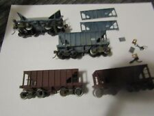 Lot 4 HO Trains Roundhouse Unlettered Ore Cars Weathered