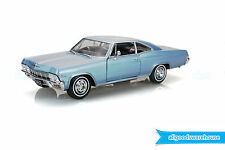 1965 Chevrolet Impala SS 396 1:24 scale Classic Chevy diecast model hobby car