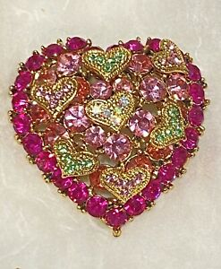 Vintage Rhinestone & Gold Tone Heart Pin Brooch