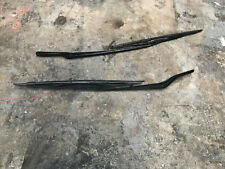 OEM BMW E53 X5 FRONTR LEFT AND RIGHT WINDSHEILD WIPER ARMS OEM
