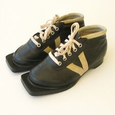 Ancienne paire de chaussures de ski de fond - Pour déco Montagne - T35