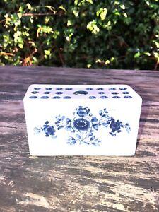 Vintage MMA-AMB Frog Flower Vase Brick Delft Blue & White Portugal Metropolitan