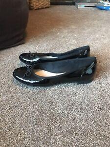 Clarks Somerset black patent leather slip on shoes, size 6.5 D / Eur 39.5.
