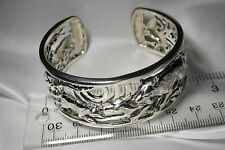 by Peter Stone Jewelry Free S/H Wolf Wolfpack Sterling Silver Bangle Bracelet
