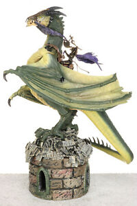 McFarlane's Dragons Series 1 Quest for the Lost King ETERNAL DRAGON CLAN Figure