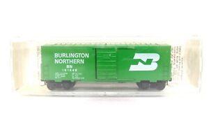 Kadee Micro Trains N BN Burlington Northern 40' Std w/out Roofwalk Box Car 24040