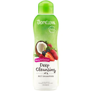 TropiClean Berry Clean Soap Free Ultimate Natural Pet Shampoo for Dogs Cats 20oz