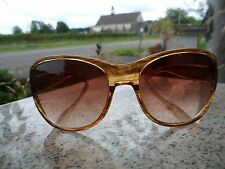 Vintage Mid Century Modern Women's Sunglasses Large Butterfly Beige Brown Retro