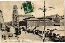 CPA Lille - Les Halles et le Sacré-Coeur (194151)