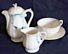 Tassementerie Gien France 4 pc set, Tea or coffee Pot, Lg cup & saucer, creamer
