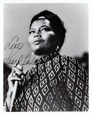 PEARL BAILEY HAND SIGNED 10 x 8 EARLY PHOTOGRAPH